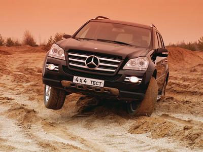 Mercedes-Benz GL класс. Фото Александра Страхова-Баранова.