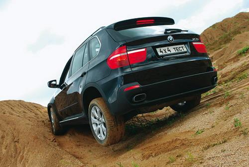 BMW X5. Фото Виктории Ильинской с сайта media.club4x4.ru.