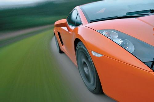 Lamborghini Gallardo. Фото Григория Голышева и Степана Шумахера с сайта autoreview.ru.