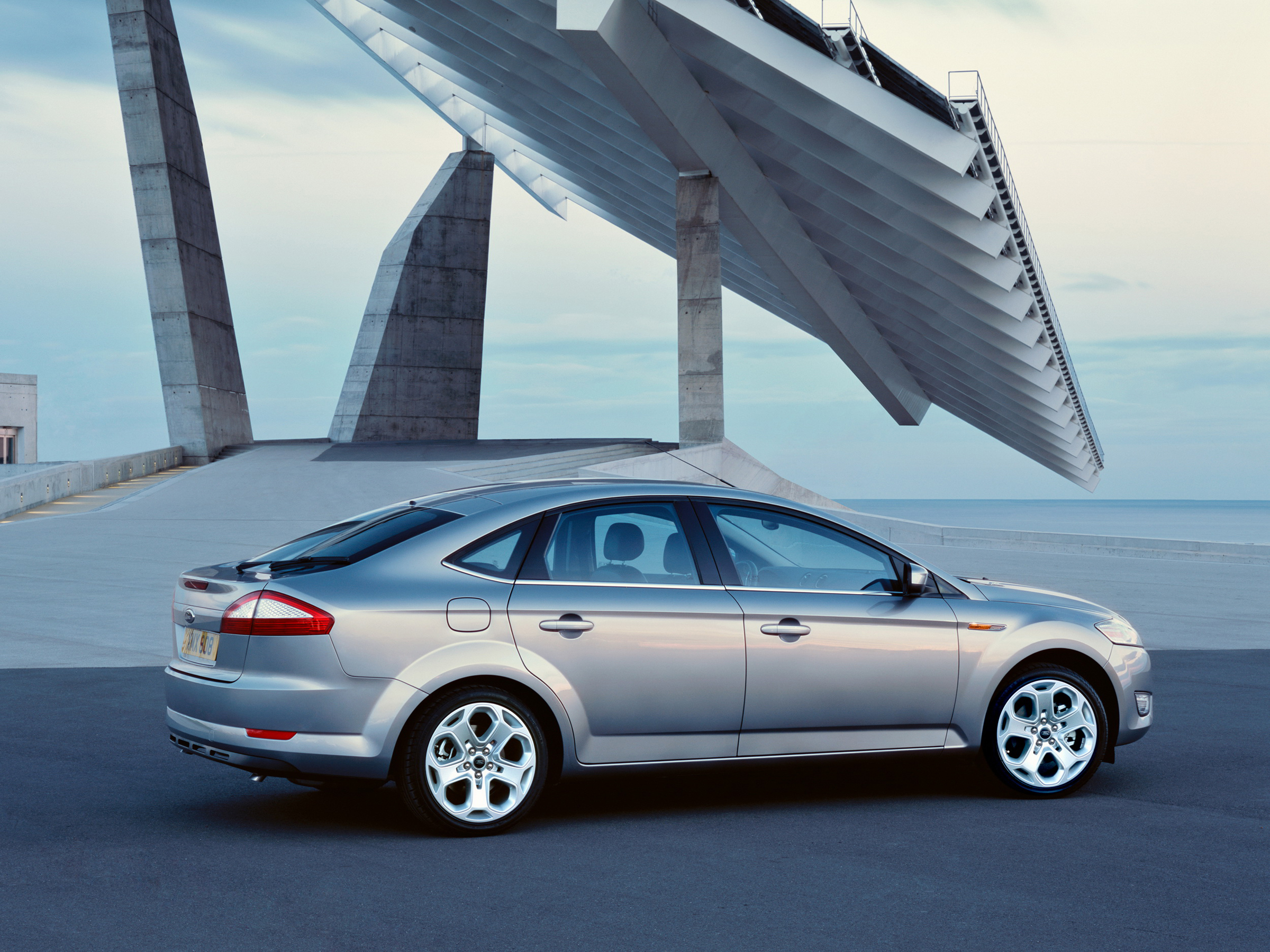 Ford Mondeo new 025.