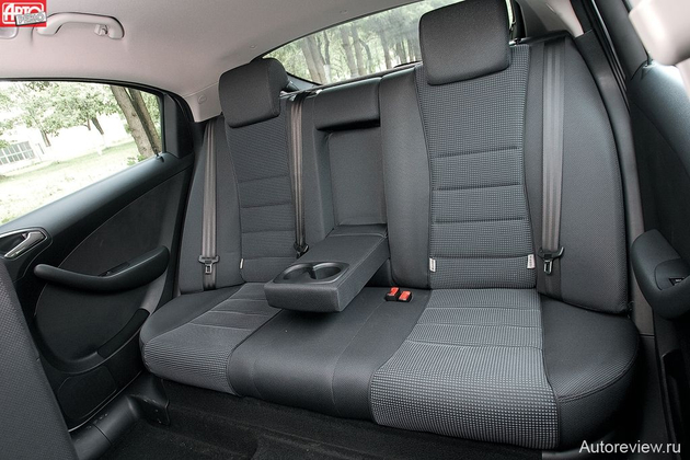 2013 Ford Explorer Interior Photo Gallery.