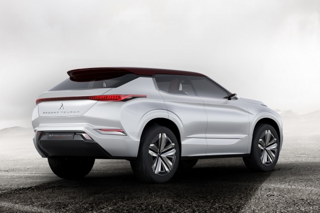 Мицубиси показала концептуальный автомобиль GT-PHEV сфутуристическим дизайном