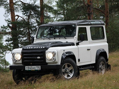Land Rover Defender Ice. Фото с сайта autorating.ru
