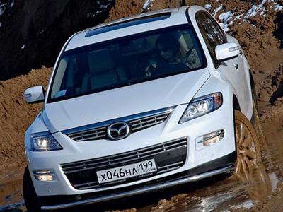Mazda CX-9. Фото Александра Страхова-Баранова с сайта media.club4x4.ru