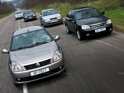 Chevrolet Lacetti, Nissan Almera Classic, Renault Logan, Renault Symbol и Skoda Octavia Tour. Фото Степана Шумахера с сайта autoreview.ru.