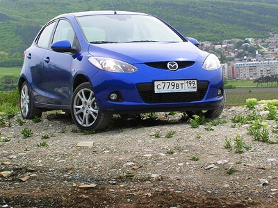 Mazda 2. Фото Кирилла Орлова с сайта AutoNews.ru