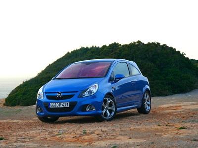 Opel Corsa OPC. Фото Алексея Тихонова с сайта CarClub.ru