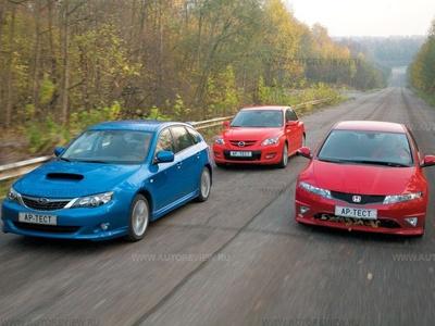 Subaru Impreza WRX, Mazda 3 MPS, Honda Civic Type R. Фото Михаила Крюкова с сайта autoreview.ru.