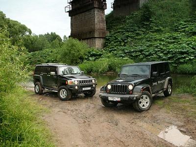 Hummer H3 и Jeep Wrangler. Фото Михаила Цымбала и Дмитрия Ларченко с сайта Auto.Lenta.ru