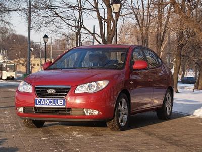 Hyundai Elantra. Фото Леонида Павлова с сайта carclub.ru