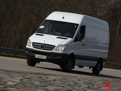 Mercedes-Benz Sprinter. Фото Василия Заключаева и DaimlerChrysler с сайта AutoWeek.ru
