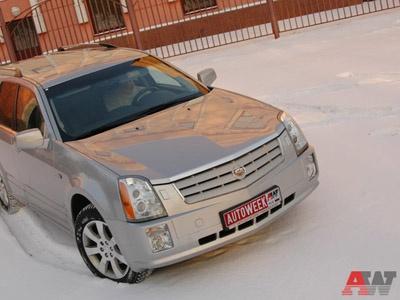 Cadilac SRX. Фото Петра Надеждина с сайта AutoWeek.ru