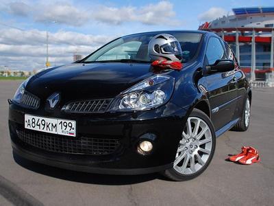 Renault Clio RS. Фото с сайта autonews.ru.