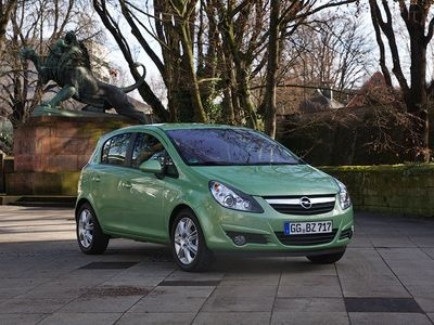 Opel Corsa. Фото Ленты.ру и компании Opel