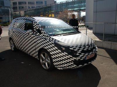 Opel Zafira. Фото с сайта carscoop.blogspot.com