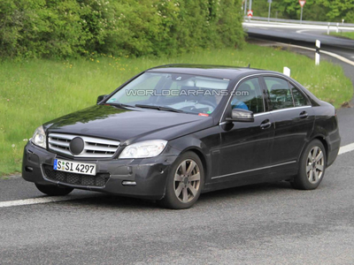 Mercedes-Benz C-Class. Фото с сайта worldcrfans.com