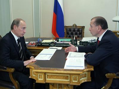 Владимир Путин и Владимир Артяков. Фото с сайта premier.gov.ru