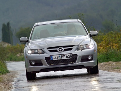 Mazda 6. Фото Mazda
