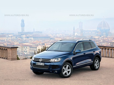 Volkswagen Touareg. Фото Максима Кадакова и компании Volkswagen с сайта autoreview.ru