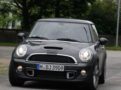 Mini Cooper S. Фото с сайта autoexpress.co.uk
