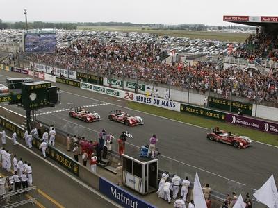 Фото компании Audi и Peugeot