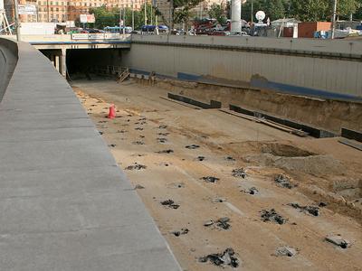 Строительство тоннеля. Фото Александра Котомина, Лента.ру