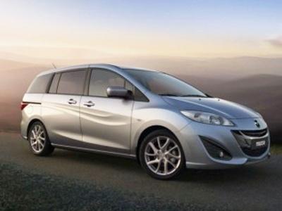 Mazda 5 2011. Фото Mazda