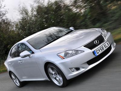 Lexus IS. Фото Lexus
