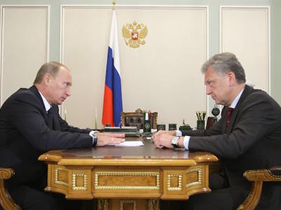 Владимир Путин и Виктор Христенко. Фото пресс-службы Правительства РФ