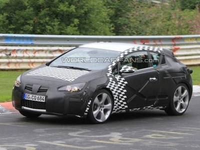 Opel Astra GTC/OPC. Фото с сайта worldcarfans.com