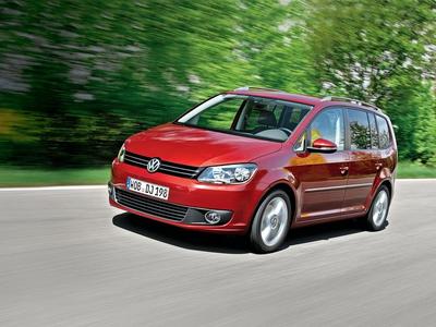 Volkswagen Touran. Фото Валерия Арутина и компании Volkswagen с сайта autoreview.ru
