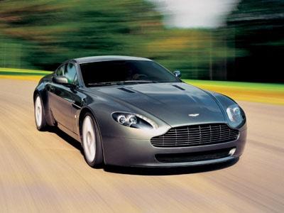 V8 Vantage. Фото Aston Martin
