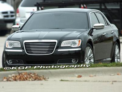Chrysler 300C. Фото KGP Photography с сайта insideline.com