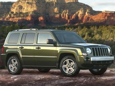 Jeep Liberty. Фото Chrysler