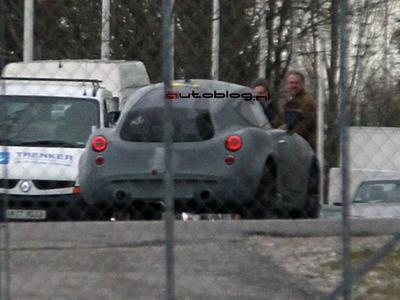 Неизвестный прототип BMW. Фото с сайта autoblog.nl