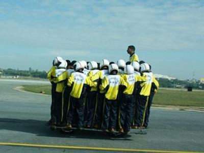 """Группа индийских военных """"Торнадо"""". Фото с сайта indiancarsbikes.in"""