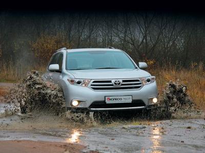 Toyota Highlander. Фото Игоря Кузнецова, 5 колесо