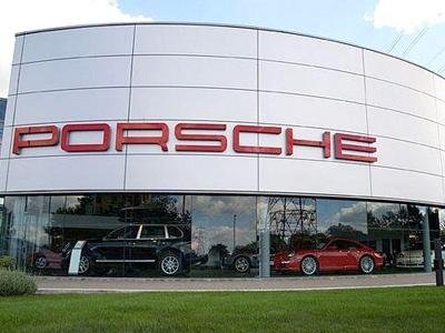 Фрагмент фото Porsche