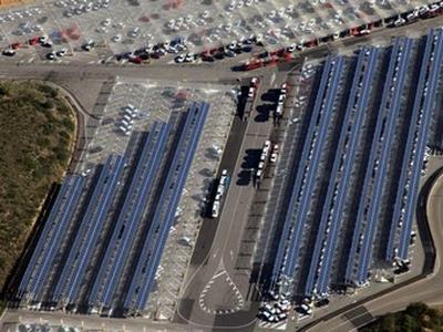 Солнечные батареи на заводе Seat. Фото Seat