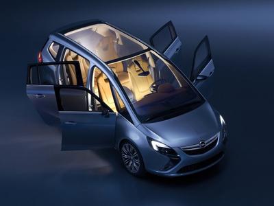 Opel Zafira Tourer Concept. Opel Zafira