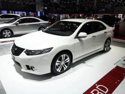 Обновленный Honda Accord. Фото с сайта worldcarfans.com