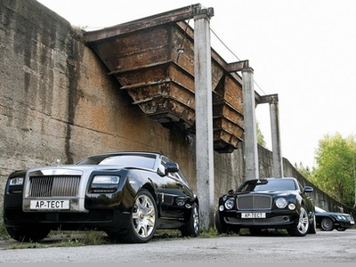 Rolls-Royce Ghost, Bentley Mulsanne и Bentley Continental Flying Spur Speed. Фото Степана Шумахера с сайта autoreview.ru