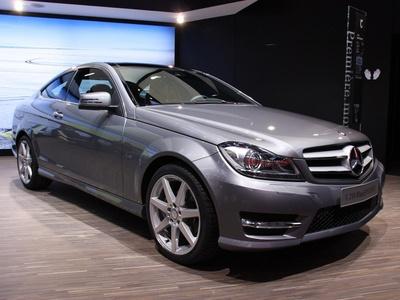Недавно представленный Mercedes-Benz C-Class Coupe. Фото с сайта autoblog.com
