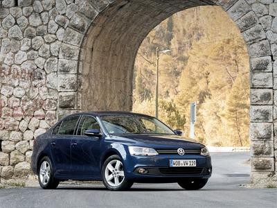 Volkswagen Jetta. Фото Валерия Арутина и компании Volkswagen с сайта autoreview.ru