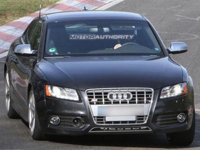 Шпионские фотографии Audi S5. Фото с сайта motorauthority.com