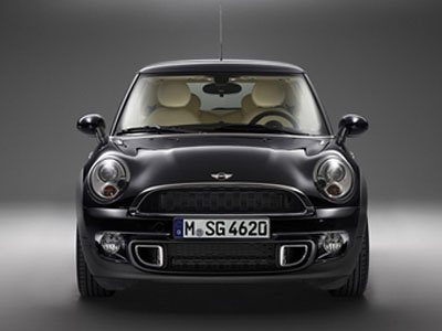 "MINI Cooper S ""Inspirated by Goodwood"". Фото MINI"