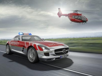 Mercedes-Benz SLS AMG Emergency Medical. Фото Mercedes-Benz