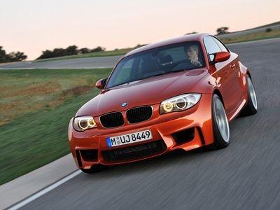 BMW 1 Series M. Фото BMW