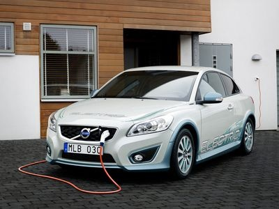 Volvo С30 Electric. Изображения Volvo