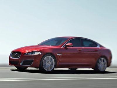 Jaguar XFR. Фото Дмитрия Кротова и Jaguar с сайта motor.ru